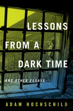 Bertrand.pt - Lessons From A Dark Time And Other Essays