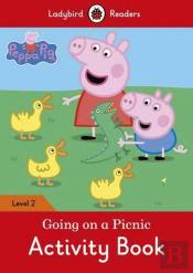 Peppa Pig: Going on a Picnic Activity Book - Ladybird Readers: Level 2