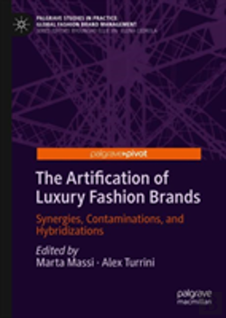Bertrand.pt - The Artification Of Luxury Fashion Brands